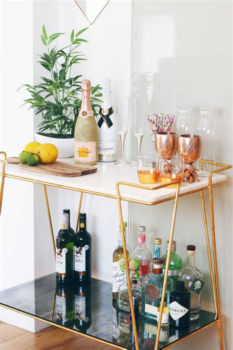 DIY Festive Mini Bar Ideas To Impress Your Guests For The