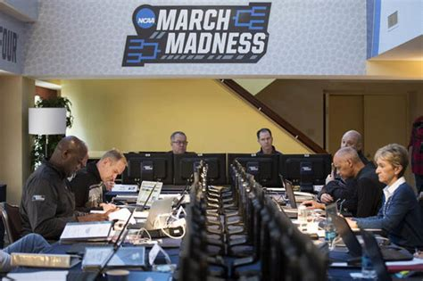 March Madness Selection Sunday 2018: How does it work? How