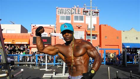 Venice Beach in Los Angeles (Muscle Beach, Freakshow, and