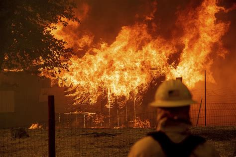 More than 1,000 homes torched in California wildfires